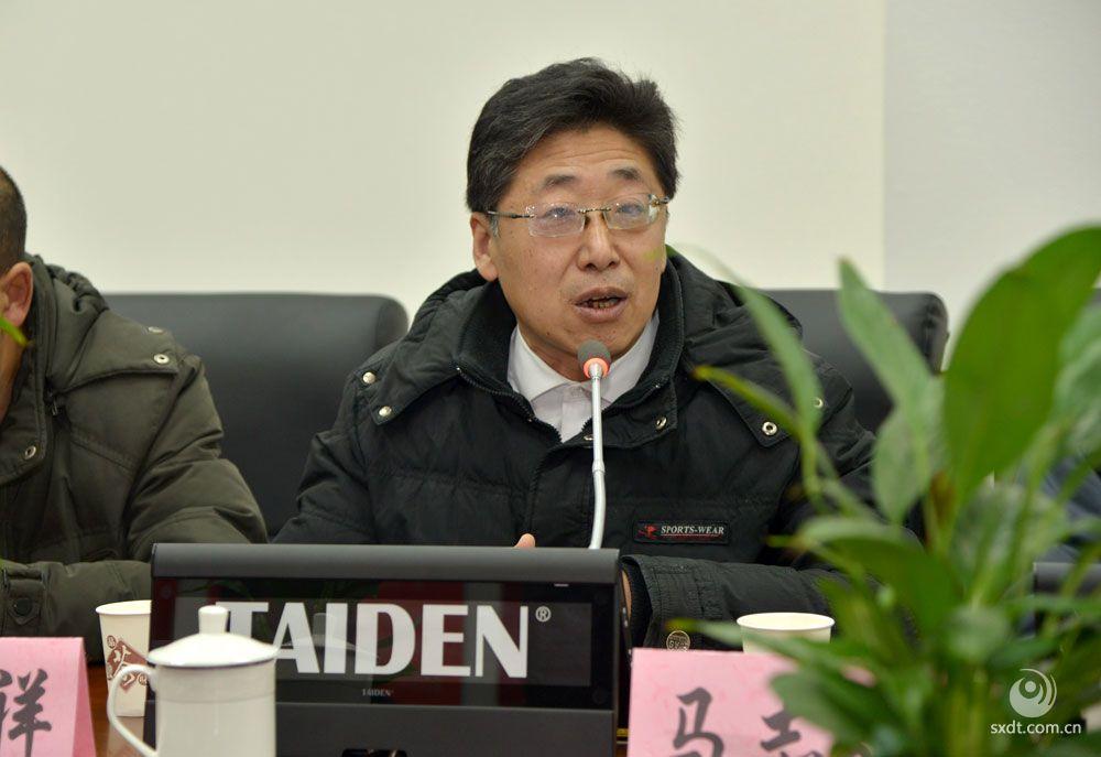 云冈文化研究中心主任、文学博士、教授,中国闻一多研究会、中国近代文学学会理事  刘殿祥