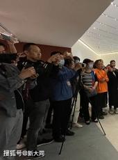 [大同晚报]贾方舟深度解读忻东旺艺术作品展