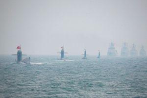 中国举行盛大海上阅兵式